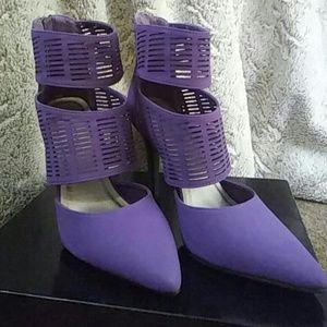 Hot Shoes by Ashley Stewart